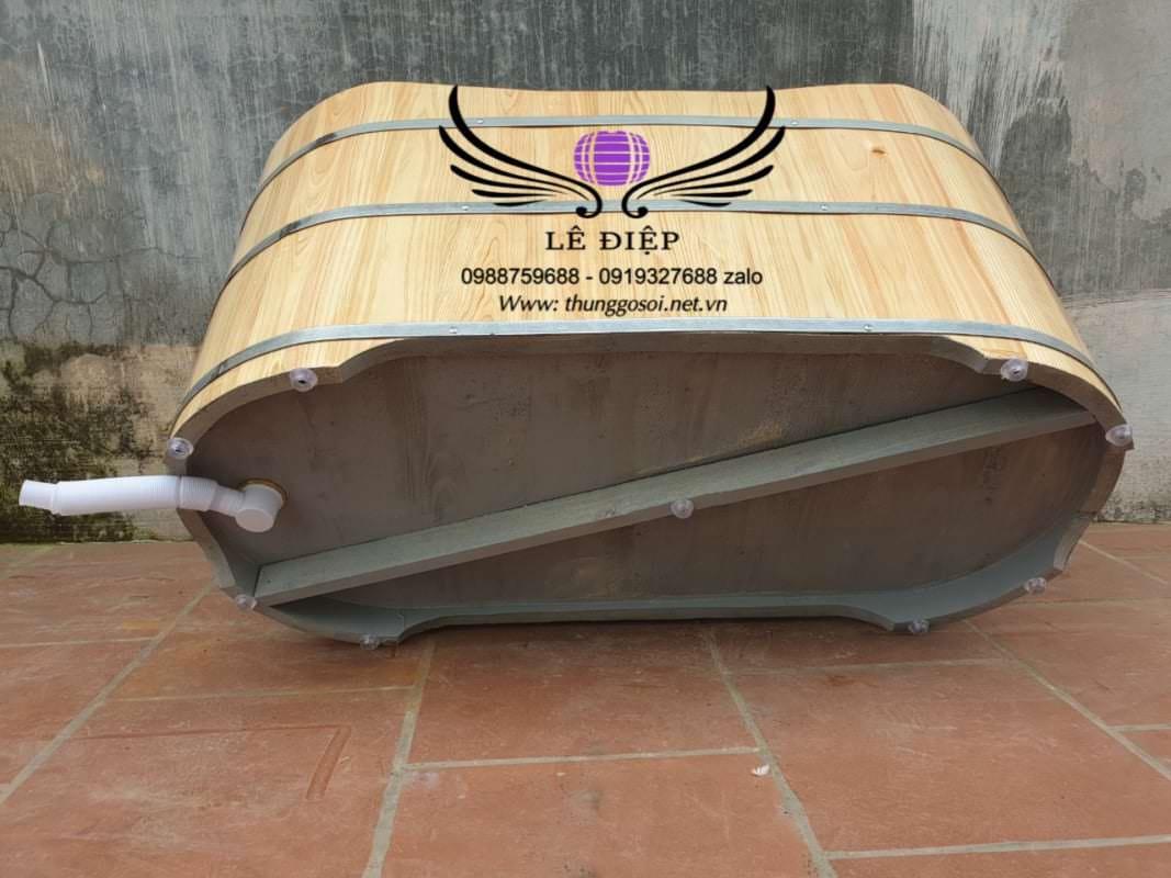 bồn gỗ được sơn chồng thấm