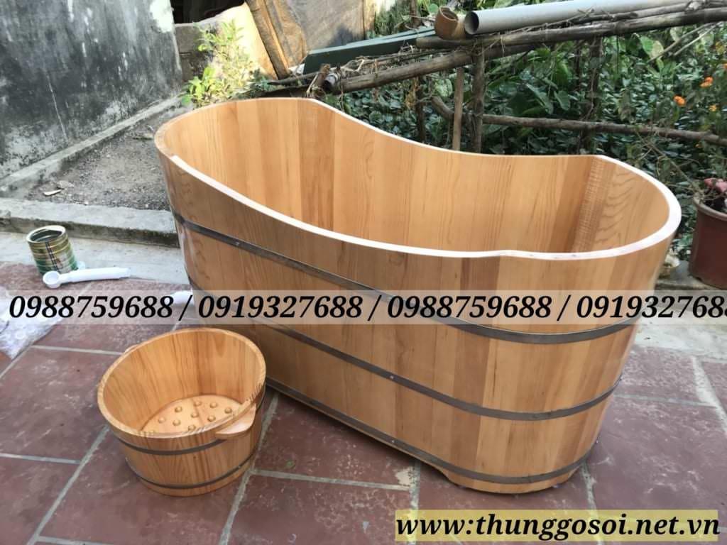 bồn tắm gỗ sồi tại LÊ ĐIỆP