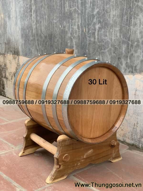 thùng rượu gỗ sồi đỏ