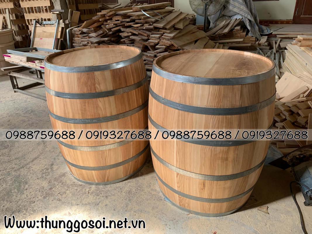 Thùng rượu gỗ sồi tại Hà Nội