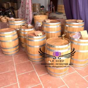 xưởng đóng thùng rượu