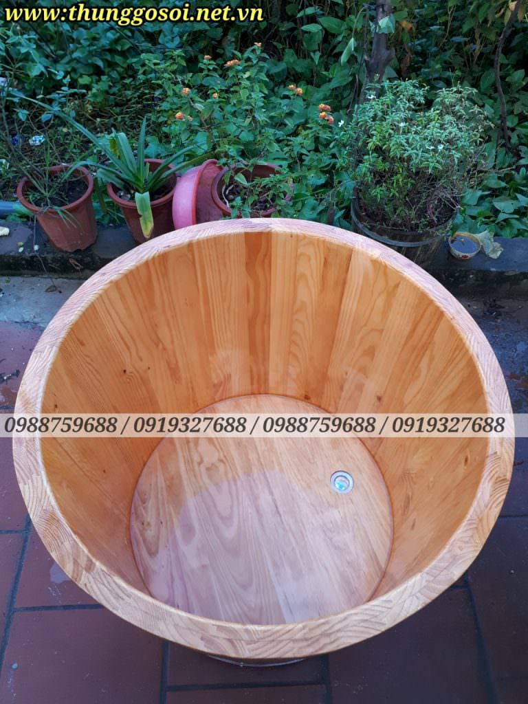 bồn tắm gỗ thông bo viền