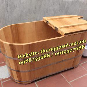 thùng tắm gỗ xông người