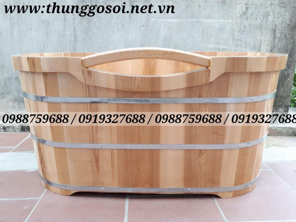 thùng tắm bằng gỗ sồi bo viền
