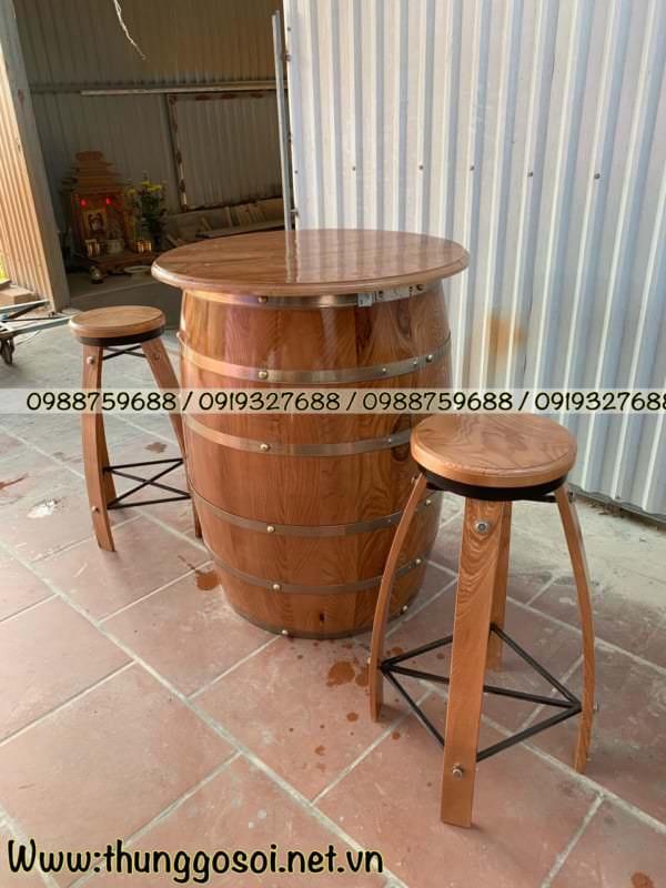 trống rượu gỗ
