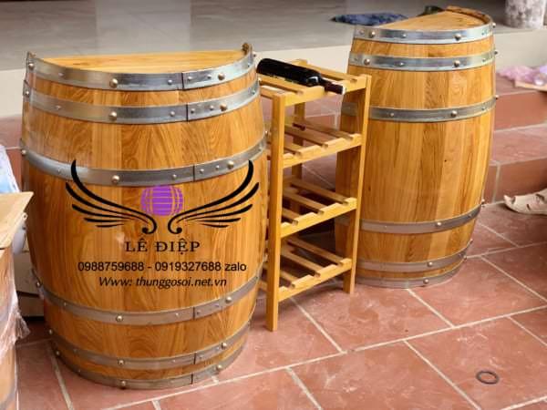 Bàn quầy bar bằng thùng rượu gỗ