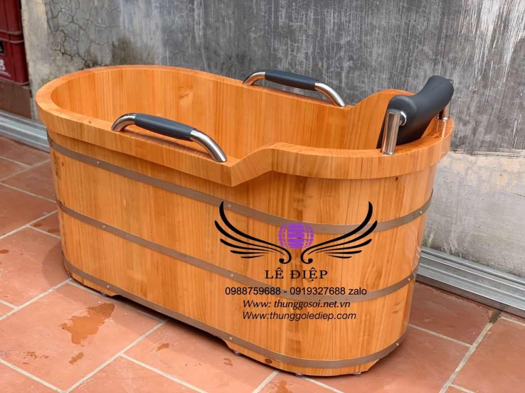 bán bồn tắm gỗ có tay nắm trên toàn quốc