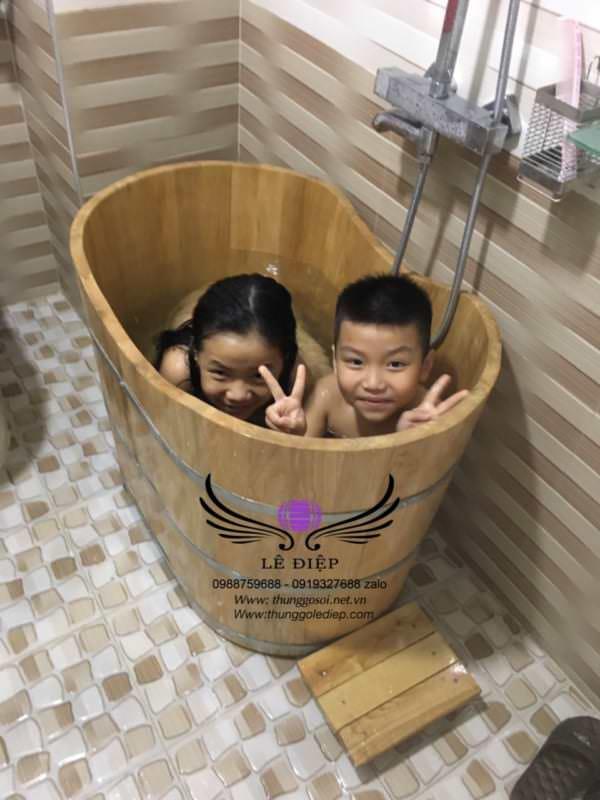 bồn tắm gỗ mini cho trẻ em