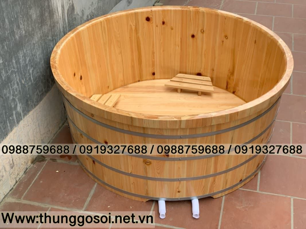 Bồn tắm gỗ tròn cho nhiều người sử dụng